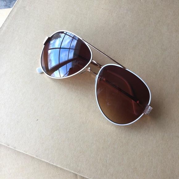 4351df32dad Tahari White Frame Aviator Sunglasses